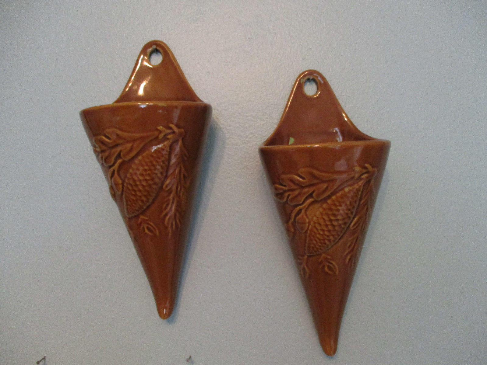 Ceramic Pinecone Wall Pockets Set Of 2 Amber 10 Quot Long X