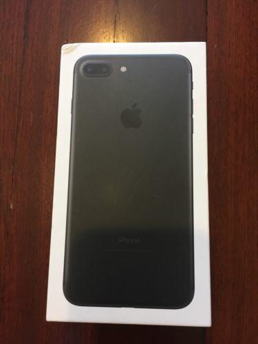 Apple iPhone 7 Plus - 32GB Smartphone - Black (T-Mobile)
