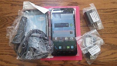 5.5 Quartz Android TracFone with 1200 of each~Minutes~Texts~Data. 365 Days