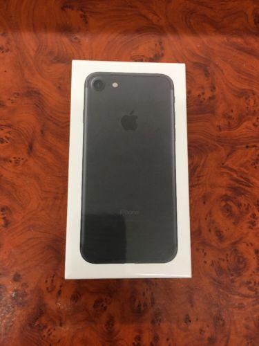 NIB Apple iPhone 7 - 256GB - Matte Black (Unlocked / Verizon) CDMA / GSM