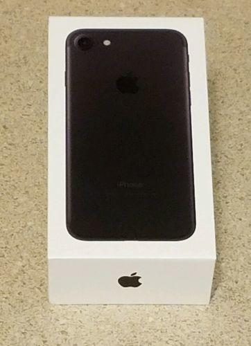 Apple iPhone 7 (Latest Model) - 128GB - Black (AT&T) *Unlocked* Smartphone